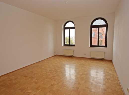 Schöne 2-Raum Wohnung mit Einbauküche - direkt an der Markuskirche