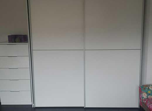Komplett möbliertes Zimmer in Luxus-WG in MG-Westend
