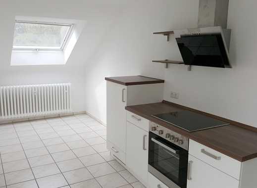 Schöne, helle u. ruhige 2-Zimmer Wohnung, neue Einbauküche, Tageslichtbad u. Gäste-WC in BN-Röttgen