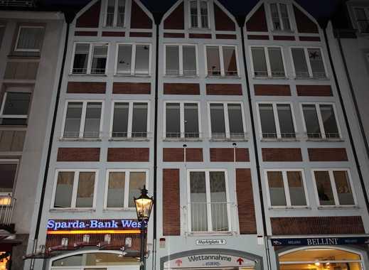 Exklusive, geräumige und modernisierte 3-Zimmer-Wohnung mit Balkon und Einbauküche in Düsseldorf
