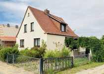 geräumiges 5-Zimmer-Einfamilienhaus mit großem Obstgarten