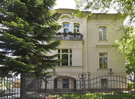 Residieren im schönsten Teil der Stadt // Edle 4-Zimmer-Whg. mit Balkon & Terrasse