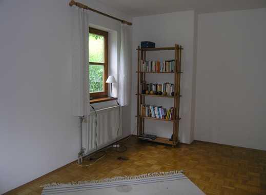 Attraktive 2 1/2 -Zimmer Gartengeschoßwohnung mit EBK.