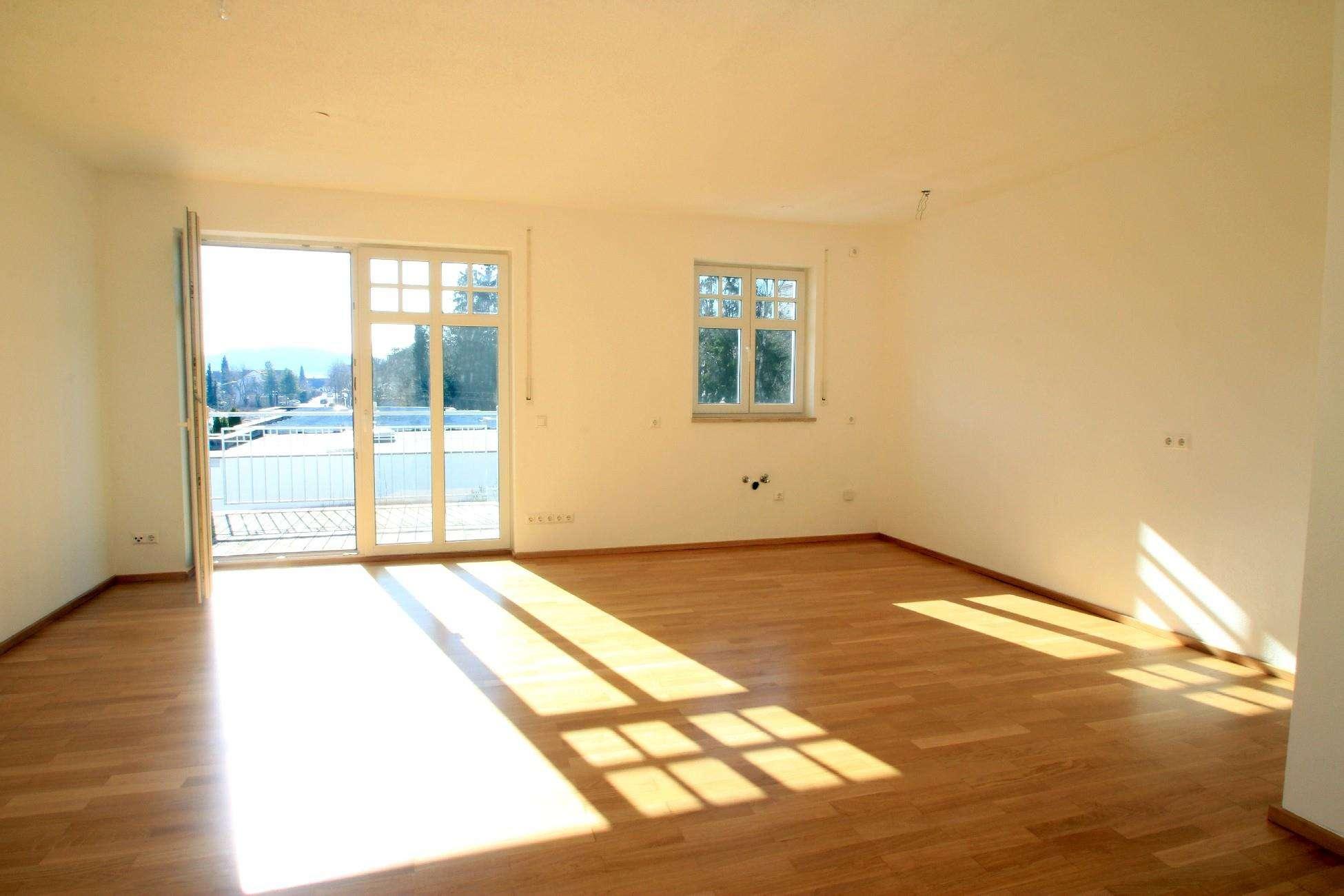 Schöner Wohnen - 3-Zimmerwohnung mit XXL-Balkon in Krumbach (Schwaben)