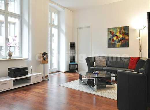Best Living: Modernes Apartment mit Garagenstellplatz & Balkon im Kollwitzkiez