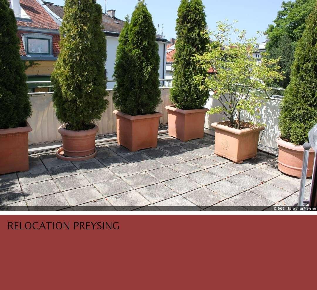Ruhige 4- Zimmer Dachterrassenwohnung am Englischen Garten in Schwabing (München)