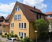 Mehrfamilienhaus mit Maisonettewohnung und Schwimmbad
