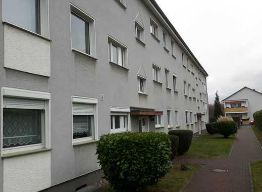 Modernisierte 4-Zimmer-EG-Wohnung mit Balkon in Zündorf, Köln