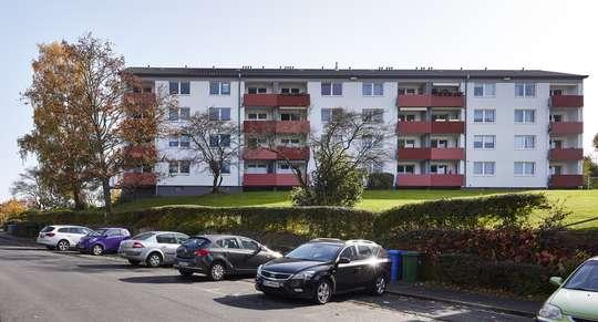Erstbezug nach Komplett-Modernisierung: 3-Zimmer Wohnung mit Balkon in Bovenden, Südring 32