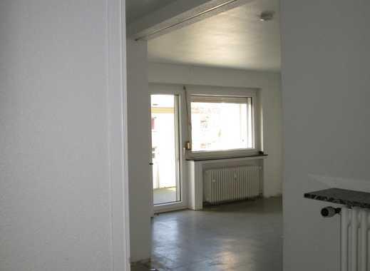 Frisch renovierte 3-Zimmerwohnung ca.74 qm in parkähnlichem Umfeld in Duisburg