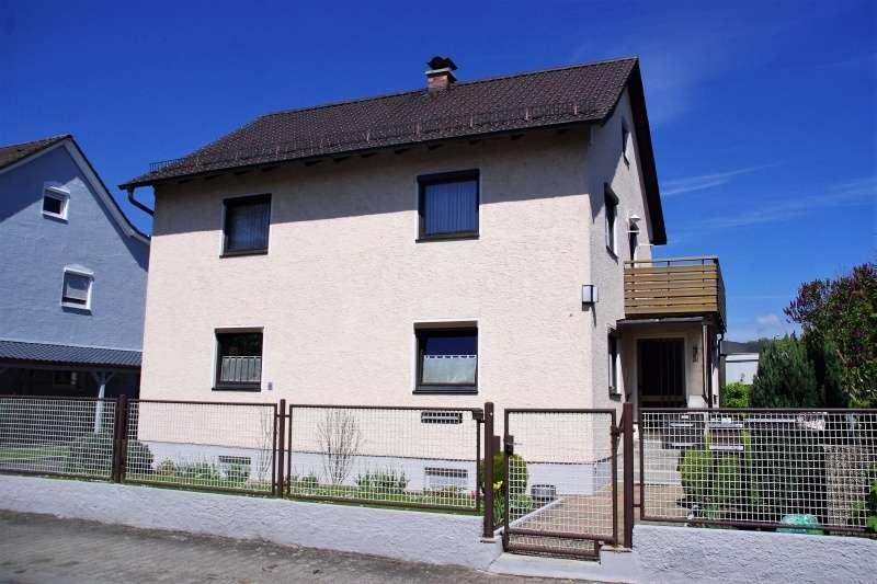 Zwei Zimmer Wohnung, mit Balkon und großem Garten in Regensburg, Schwabelweis in Schwabelweis (Regensburg)