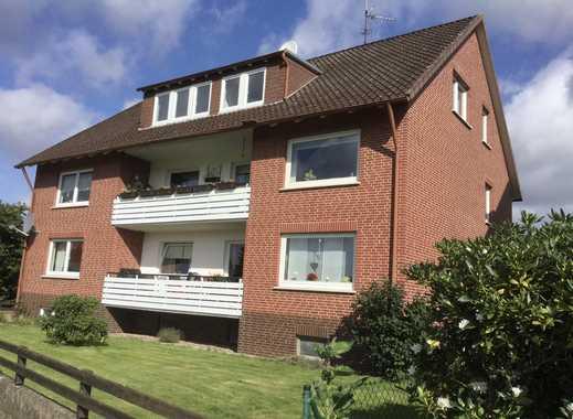 Preiswerte, gepflegte 4-Zimmer-Dachgeschosswohnung mit Einbauküche in Rinteln