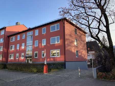 Schöne 3-Zi.Whg. möbliert in Berg-am-Laim verfügbar ab 15.12.2020 in Berg am Laim (München)