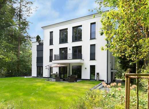 Helle Erdgeschosswohnung mit eigenem Garten!