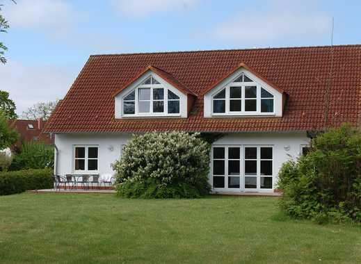 Schönes, voll möbliertes Haus mit vier Zimmern in Rügen (Kreis), Garz/Rügen