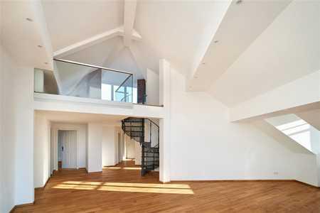 Erstbezug! Luxuriöse 4,5-Zimmer Penthouse Wohnung in der Innenstadt mit großzügiger Dachterrasse in Haidhausen (München)