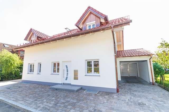 Neubau: Großzügige 4- Zimmer- Wohnung mit Einbauküche in Geltendorf in Geltendorf