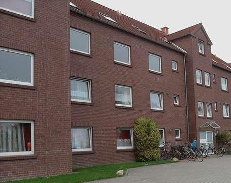 Schone 4 Zimmerwohnung In Jever Mit Balkon Und Angrenzenden Spielplatz