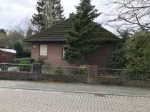Freistehendes Einfamilienhaus mit Garage Terrasse