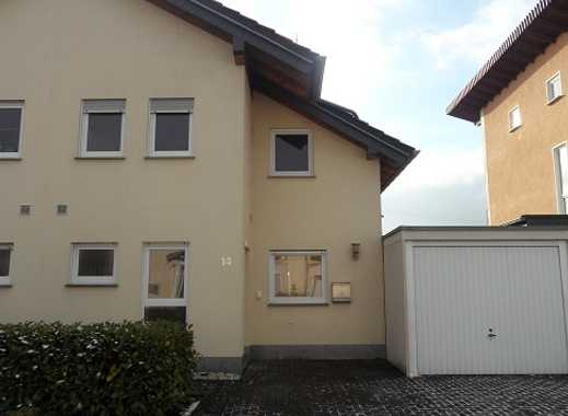 Neuwertige Doppelhaushälfte in angenehmer Wohngegend von Wirges!!!