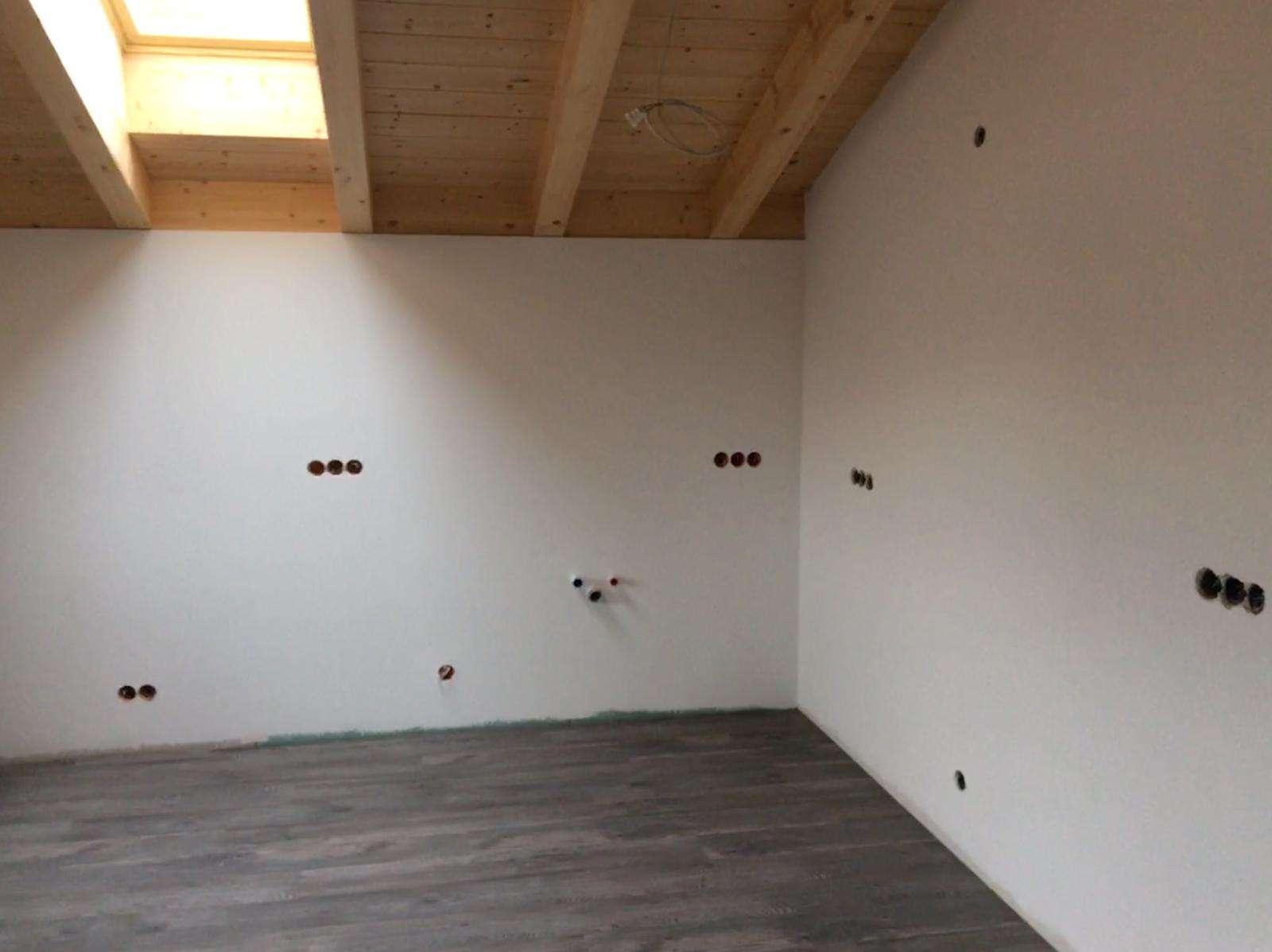 8 Zimmer Dachgeschosswohnung - Neubau/Anbau - Neu - absolut Zentrale Lage, dennoch Ruhig in Gmund am Tegernsee