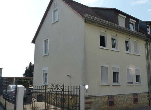 Zweifamilienhaus in Bergen-Enkheim mit großem Garten und tollem Blick über Frankfurt
