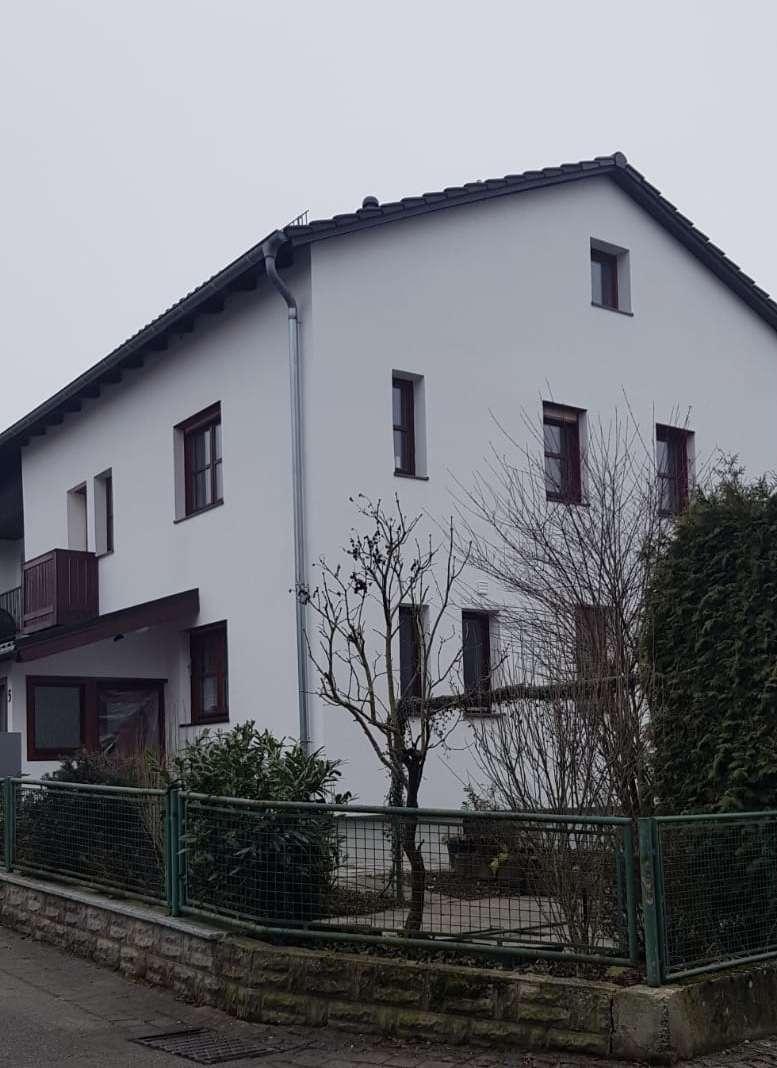 Wohnung mit Terrasse, Garten & Garage zu vermieten in