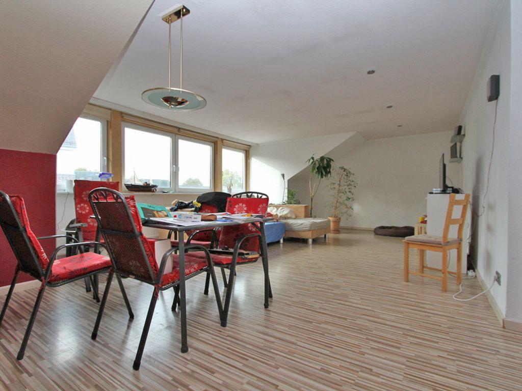 3 5 zimmer eigentumswohnung inkl zwei. Black Bedroom Furniture Sets. Home Design Ideas