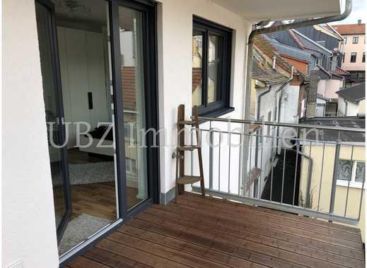 Zentrale 2-Zimmer-Wohnung mit Schlossblick
