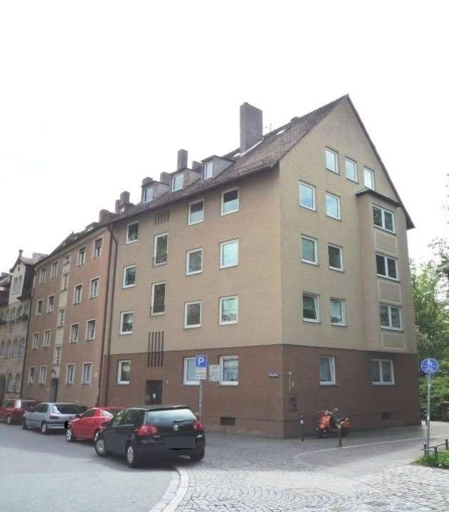 Renovierte 2-Zimmer-Wohnung in zentraler Lage  in