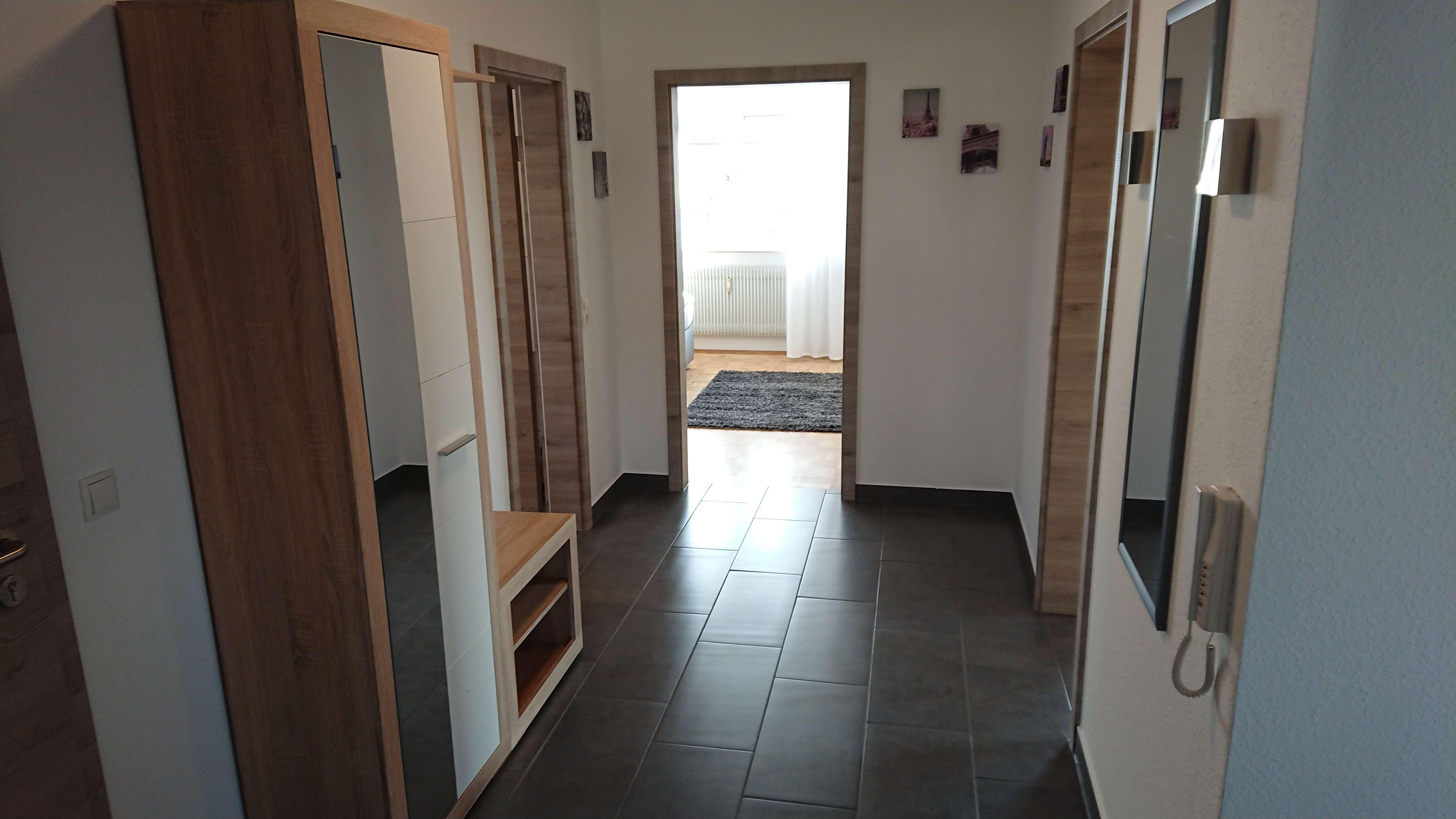 Attraktive 3-Zimmer-Wohnung mit EBK und Balkon in Hallstadt in Hallstadt