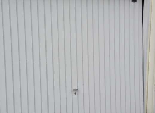 2 schöne  Garagen