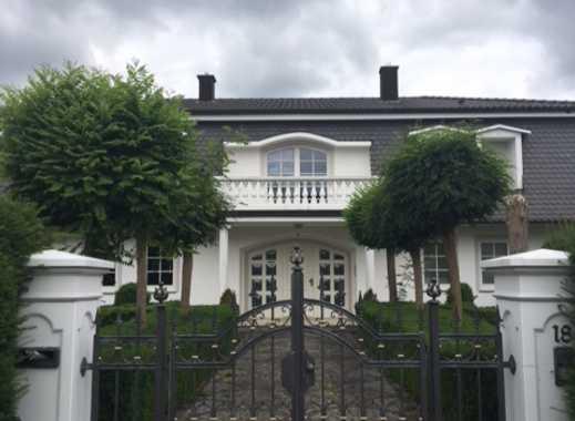 Schönes Haus mit 10 - Zimmern in Schöllkrippen (Kreis Aschaffenburg)