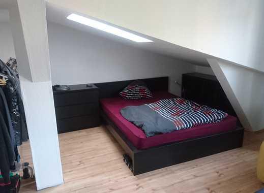 Geräumige 1 Zimmer Dachgeschosswohnung in Hamburg, Heimfeld