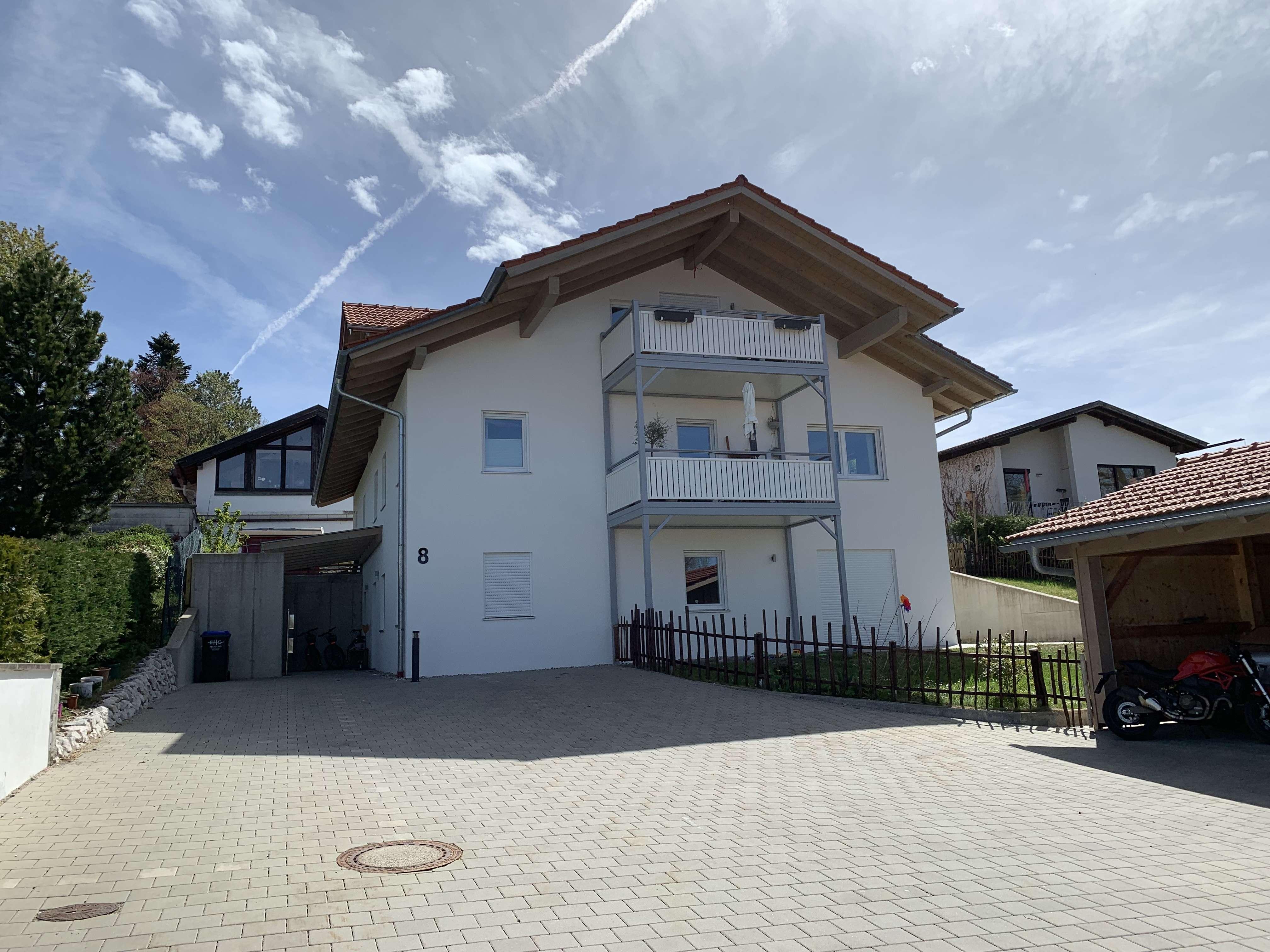 880 €, 74 m², 3 Zimmer