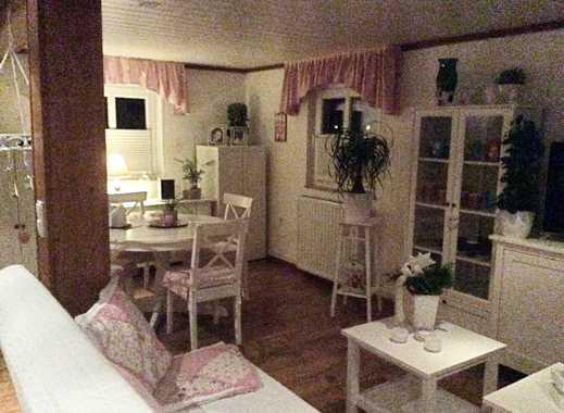 Attraktive 1-Zimmer-Dachgeschosswohnung mit EBK in Brake (Unterweser)