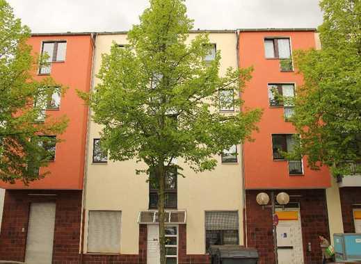 GE-City: Überaus gepflegte, gut aufgeteilte 2,5-Raum-Wohnung mit Balkon am Hauptbahnhof
