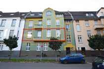 Große frisch-kernsanierte 5-Zimmer Altbau-Wohnung im