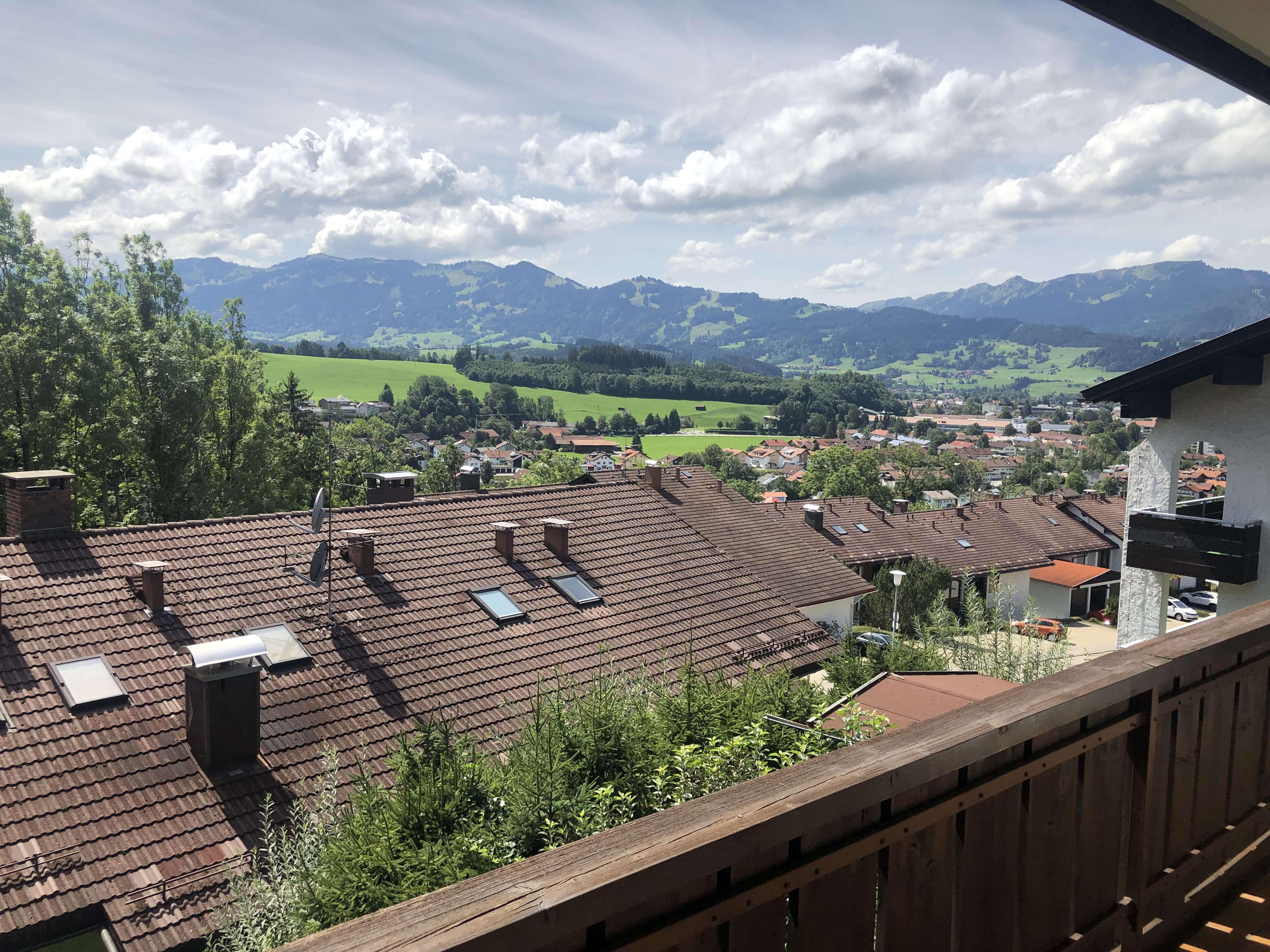 Gepflegte 3-Zimmer-Wohnung mit Balkon und Einbauküche in Sonthofen in