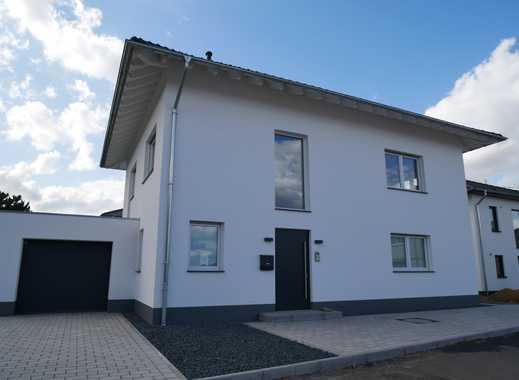 PROVISIONSFREI, neues Einfamilienhaus, Baujahr 2019, 212 m² Wohnfläche auf 5 Zimmern