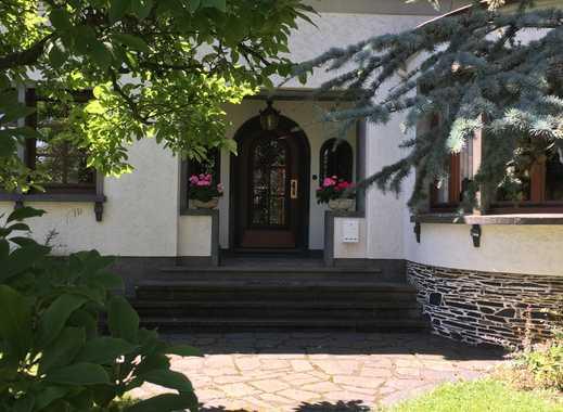 Stilvolles Einfamilienhaus, auch als repräsentatives Gewerbeobjekt geeignet