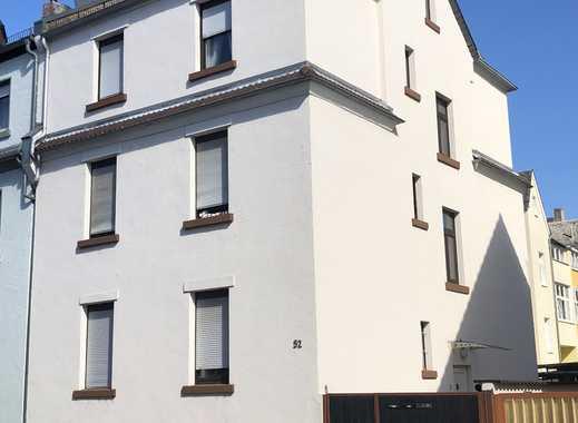 3-Familienhaus mit Potenzial in Frankfurt-Unterliederbach
