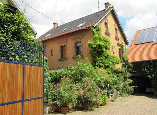 Haus-Hof- und Gartengemeinschaft in ehemaligem Winzergehöft sucht Mieter für eine Wohnung