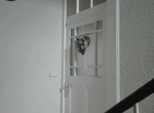 Vollständig renovierte 4-Zimmer-Wohnung mit EBK in Hanau-Großauheim