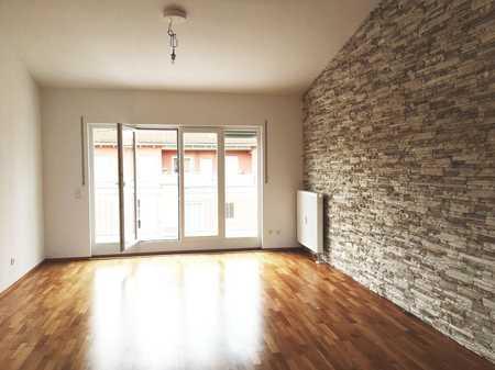 hochwertige 3 Zimmer DG-Wohnung mit Dachterasse, Ingolstadt Nordwest, Spretistr. 6b in Nordwest