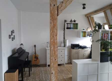 Sanierte 2-Raum-Wohnung mit Balkon und Einbauküche in Fürth in Südstadt (Fürth)
