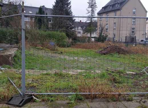 Teilbares Baugrundstück für 2 DHH in wachsendem Bebauungs-Viertel