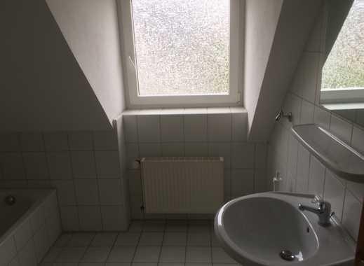 Günstige 2-Zimmer-Dachgeschosswohnung mit Balkon in Minden mit WB Schein für mind. 2 Personen