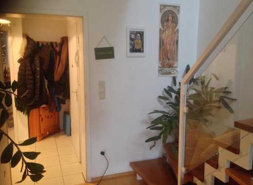 Sonniges, helles 11qm Zimmer in Maisonettewohnung mit Dachterasse :)