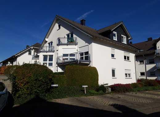 Helle, freundliche 3-Zimmer-Wohnung mit Balkon in Rheinböllen
